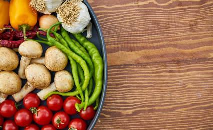 Corso di cucina vegana intorno tirano